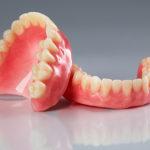 入れ歯を検討されている方へ~部分床義歯とは~